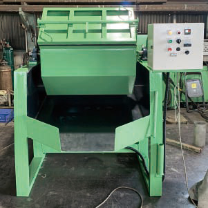 注型ウレタンライニング槽回転バレル研磨機